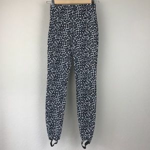 American Apparel Grey Leopard Stirrup Leggings
